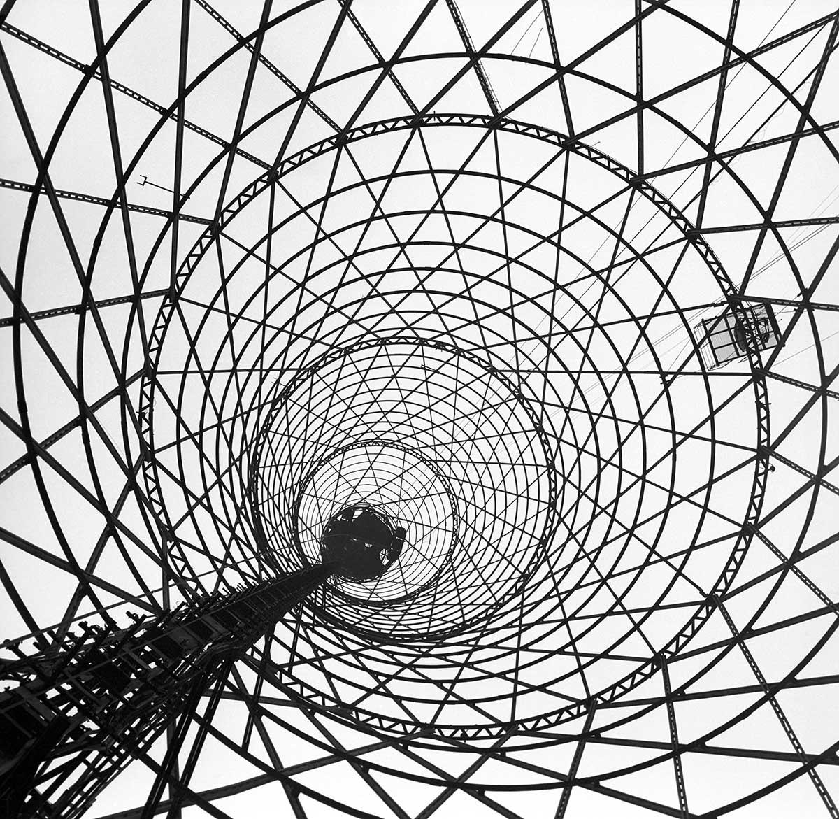 Накануне столетия Шуховская башня все еще под угрозой исчезновения
