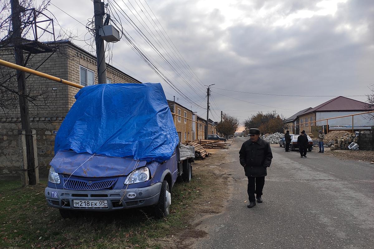 «Поняли, что газа нам невидать». Как жители дагестанского Избербаша устали ждать помощи отгосударства исами провели себе газ