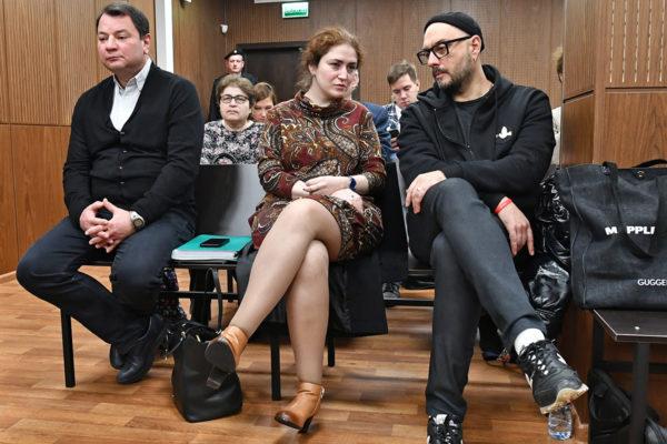Суды, обыски, проверки наэкстремизм иштрафы: как заканчивается «год театра» вРоссии