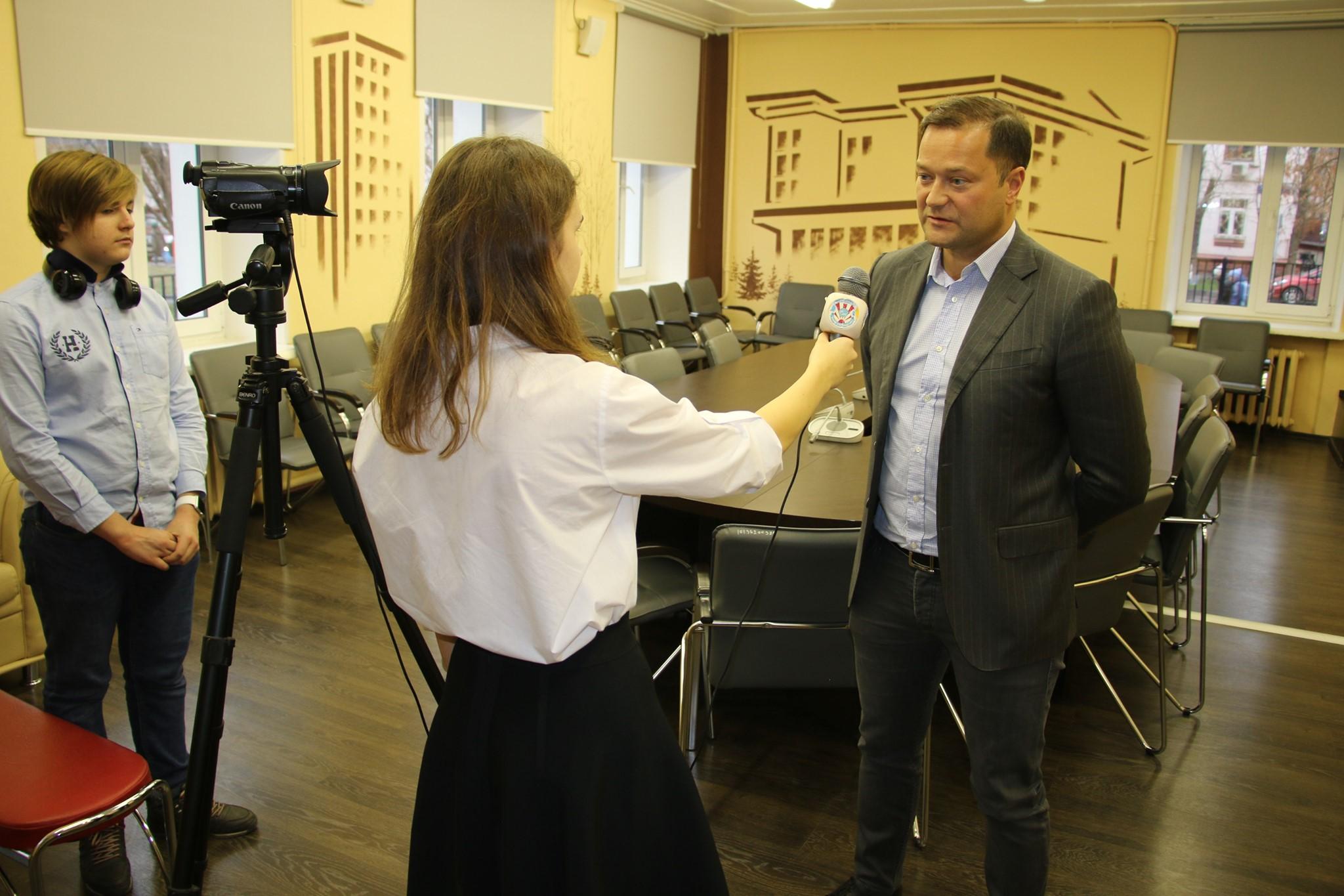 Умер Никита Исаев: «могильщик губернаторов», «новый Навальный» иэксперт федеральных каналов