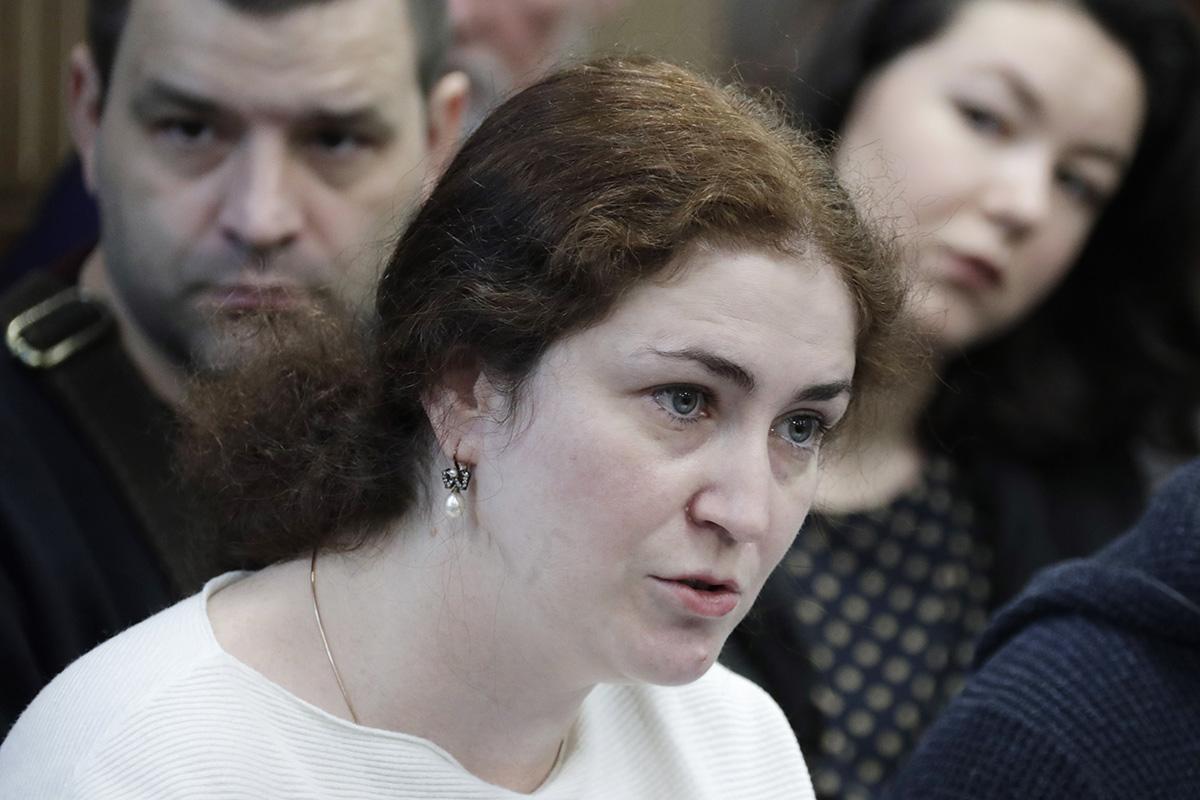 Как судья Менделеева третью экспертизу назначала. Сериал «Платформа» вМещанском суде