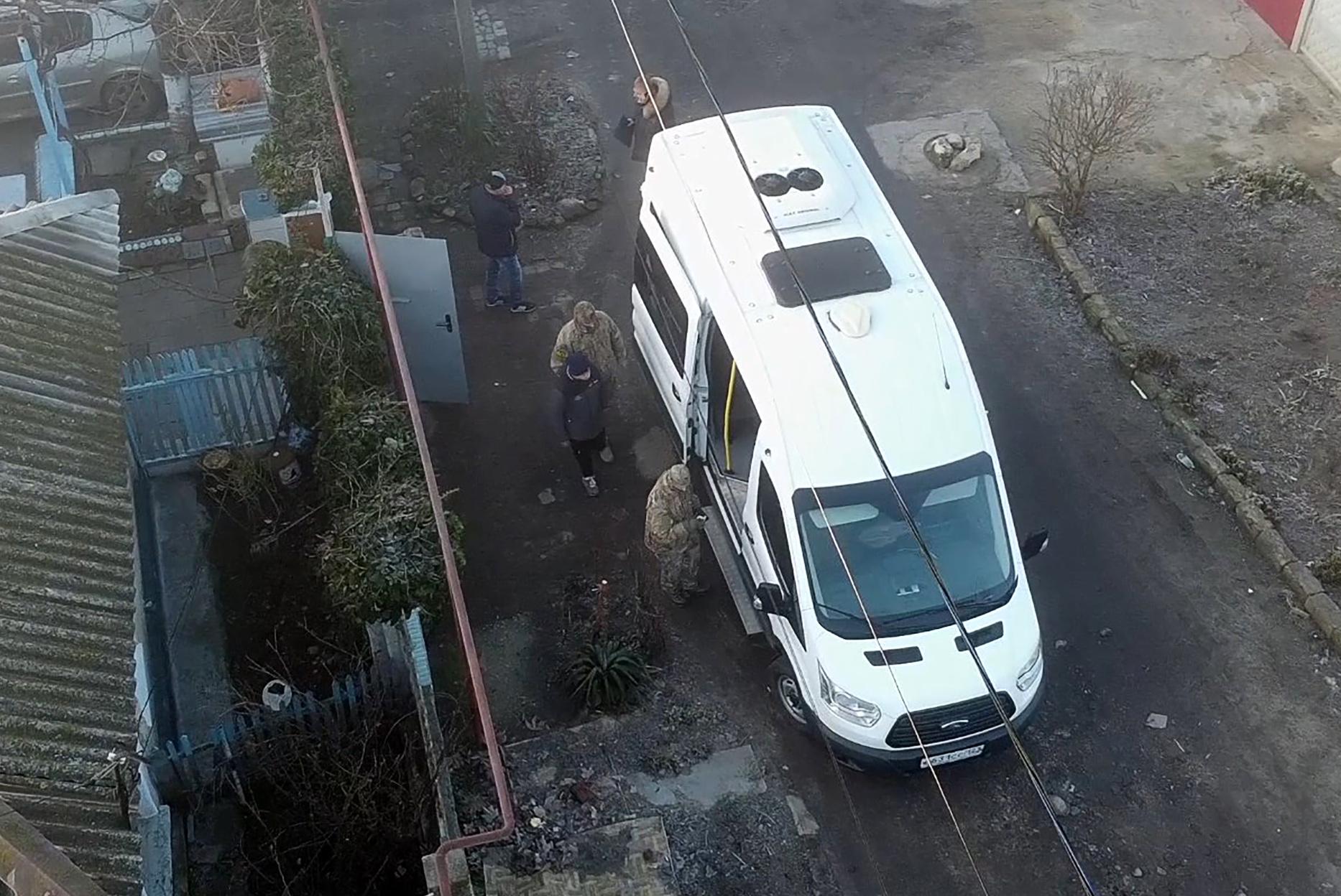 Что известно оподростках, арестованных поподозрению вподготовке терактов вКерчи