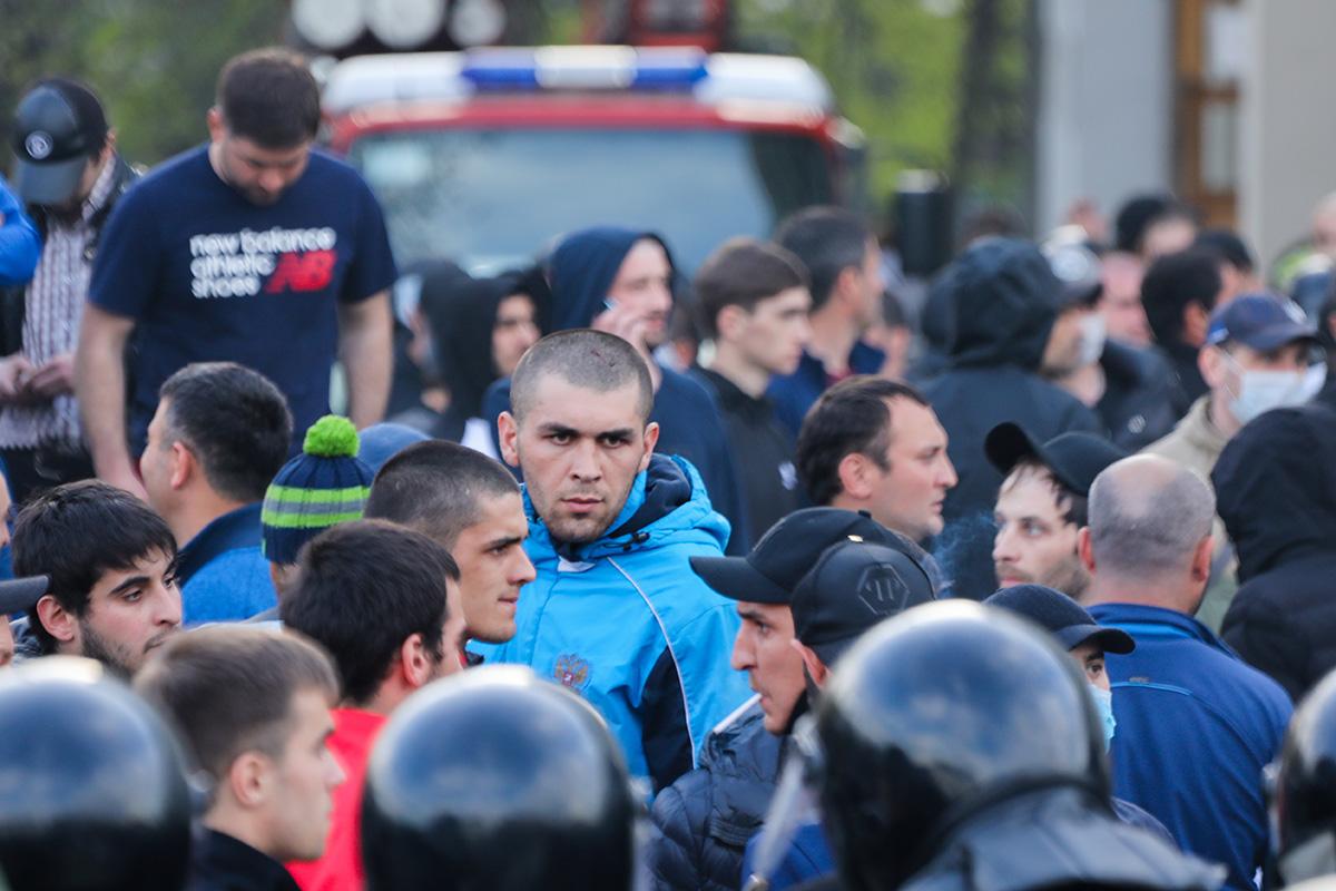 Протесты против режима «самоизоляции» воВладикавказе. Главное