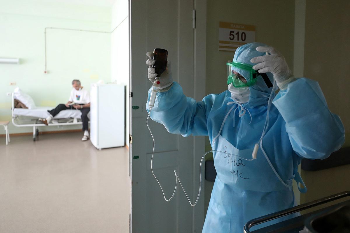 «Качеству российских препаратов невозможно доверять». Чем лечат откоронавируса иэффективныли эти препараты