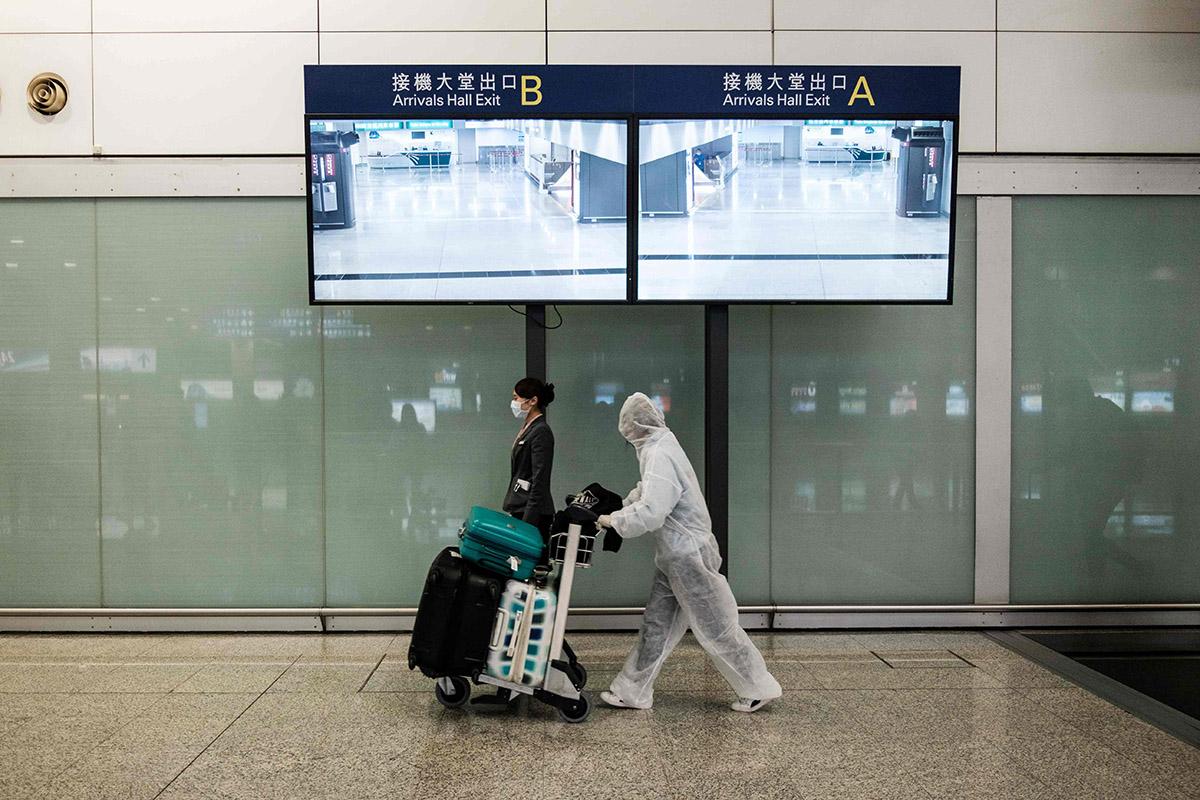 «Здесь чувствуешь себя намного свободнее, чем вРоссии». Как россияне застряли вГонконге, нонеотчаялись инашли себя