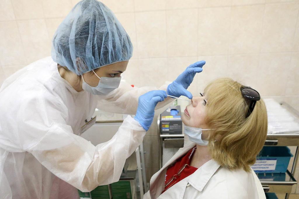 Тестирование на коронавирус методом ПЦР. Фото: АндрейНикеричев / Агентство «Москва»